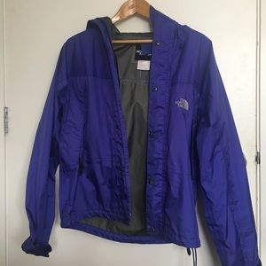 Women's North Face Jacket 👾